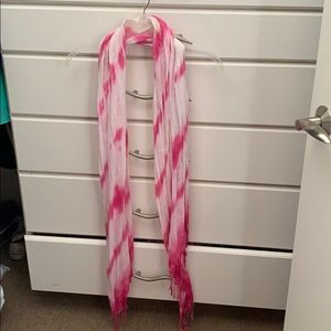 Pink and white lightweight scarf